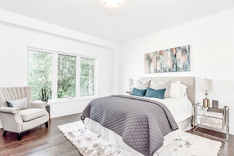 home staging bedroom decor