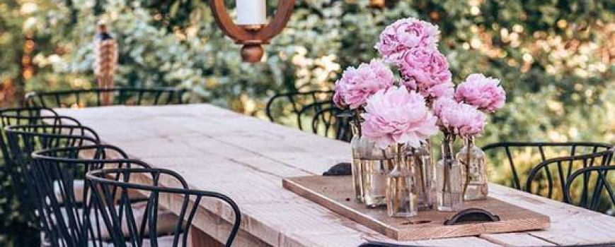 Taking Your Outdoor Dining Space To The Next Level
